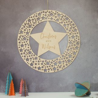 Christmas Wreath, Star Cutout