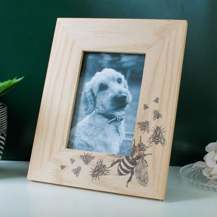 Oak Photo Frame With Bee Design RFPF001UV